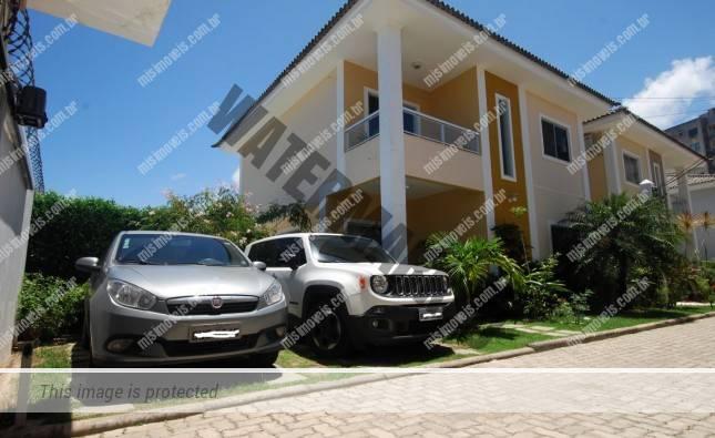 Casa a venda Buraquinho próxima Bompreço
