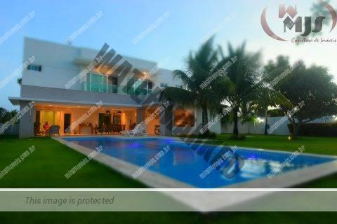 Ótima casa a venda Condomínio Busca Ville