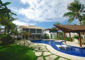 Casa em Vilas do Atlântico em frente ao mar